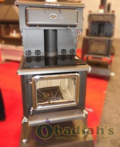J.A. Roby 2500 Cuisiniere Cookstove - Front - Cookstove Community